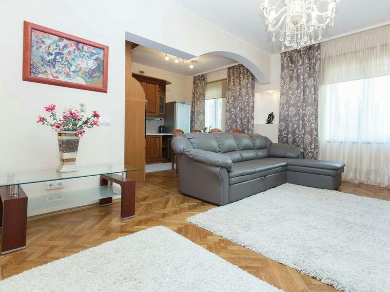 Квартира на сути в Минске: 2-комнатная на улице Неманская